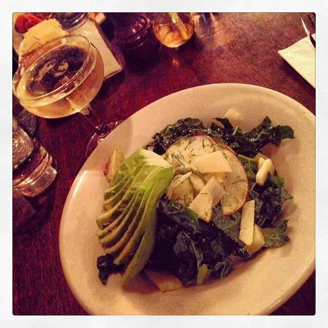 Kale salad, quick-pickled apple + avocado