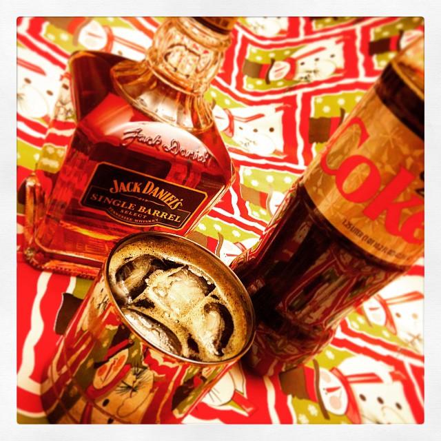 Holiday gift wrap + Holiday Spirit Break
