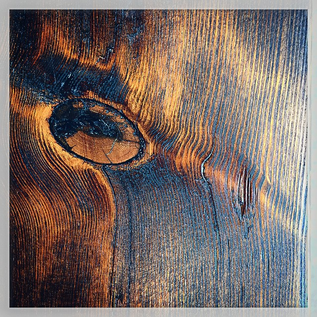 A stained table's eye