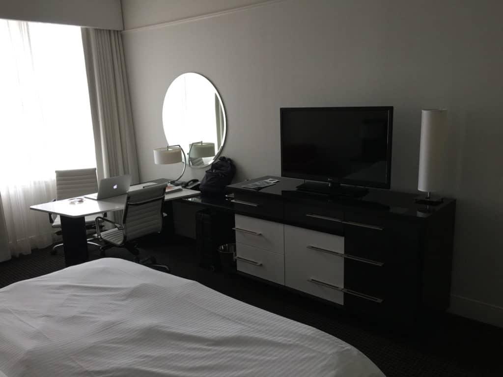 loews hotel room 2